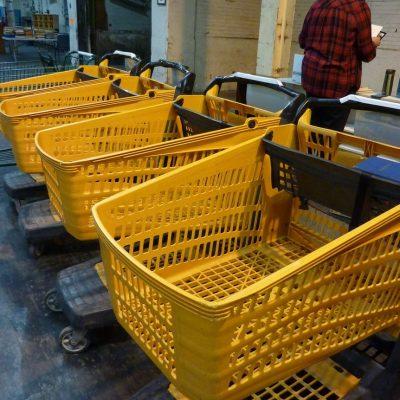 yellow_carts